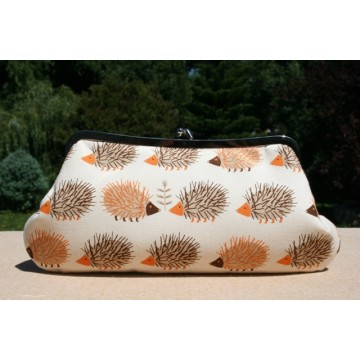 Isabella carry-all clutch - Neutral hedgehogs