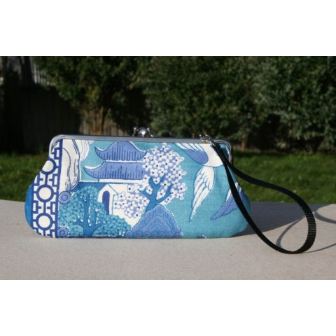 Chloe convertible - Blue oriental tea towel